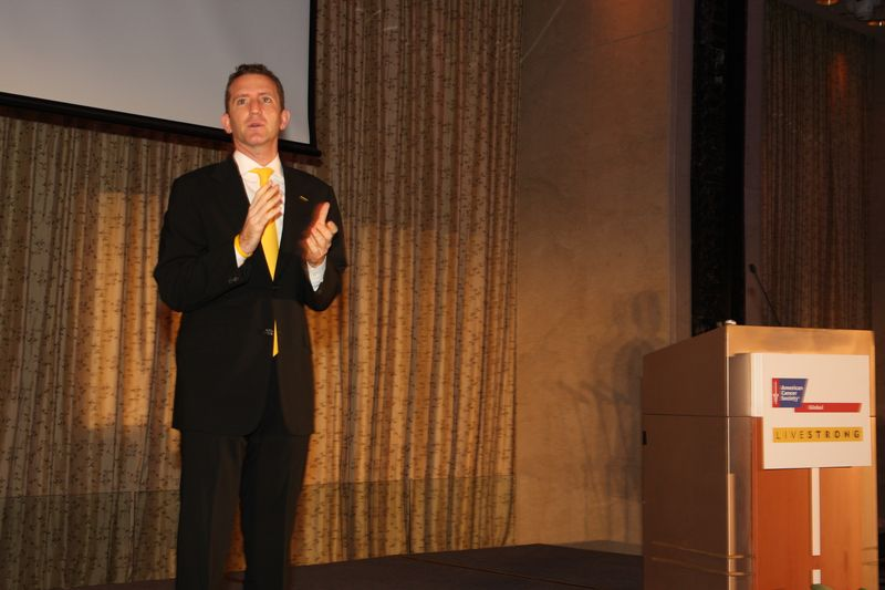 Livestrong Doug Ulman at ACS Livestrong dinner